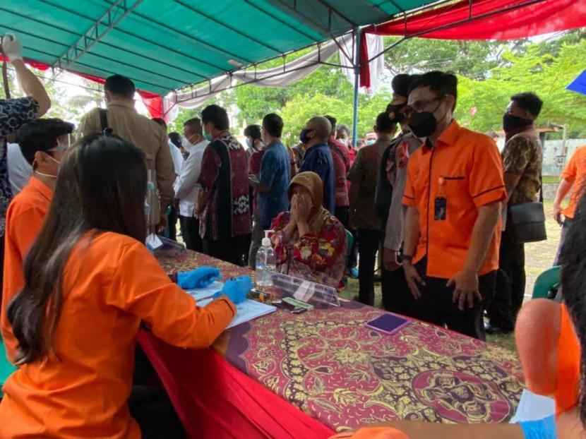 Bst Tahap Vii Rp 354 6 M Telah Disalurkan Di Provinsi Jateng Republika Online