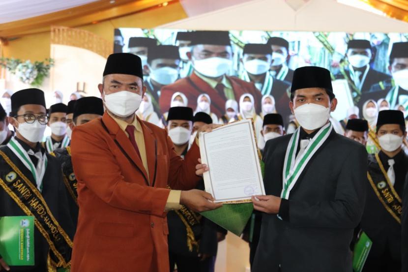 Husnul Khotimah Rangking Tiga Terbaik MA Swasta se-Indonesia (ilustrasi).