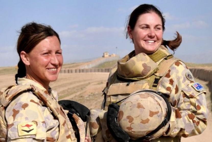 Sejak Angkatan Bersenjata Australia membuka kesempatan bagi prajurit wanita untuk tugas tempur, sekitar 30 orang telah bergabung.