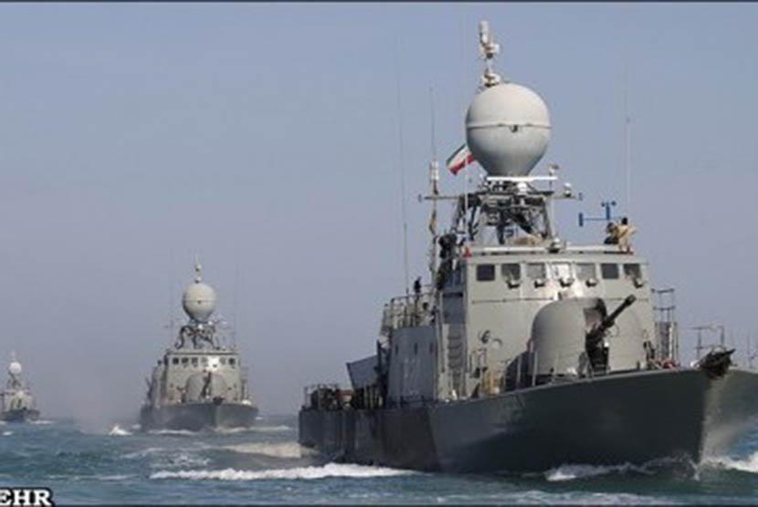 Sejumlah Kapal Perang Iran