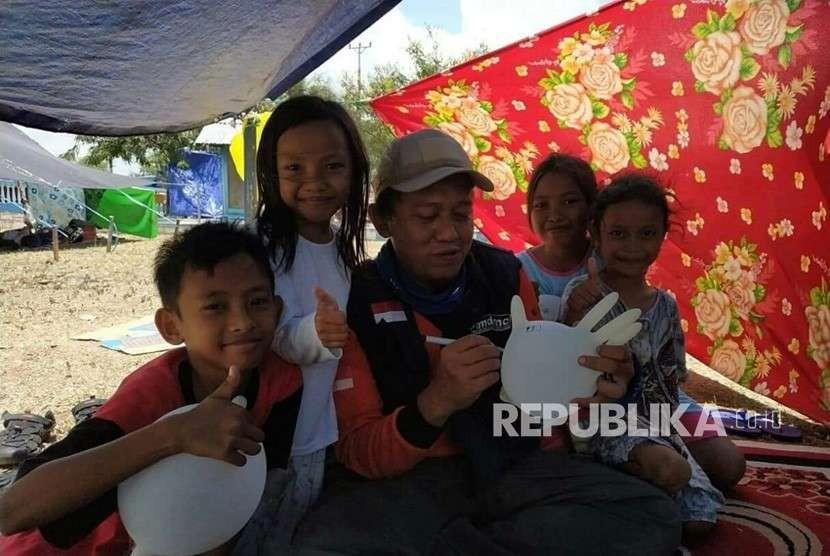 Sejumlah kegiatan relawan Muhammadiyah Disaster Management Center  (MDMC) di Palu.