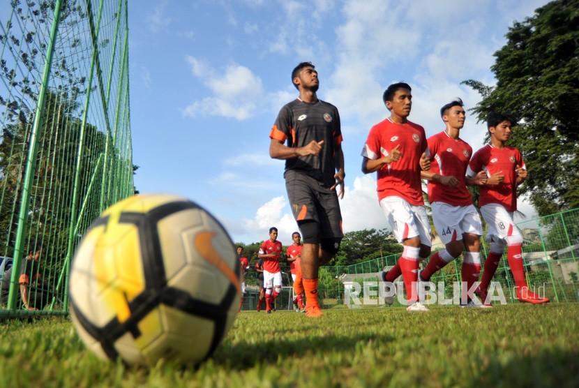 Suasana latihan Semen Padang FC. (ilustrasi)