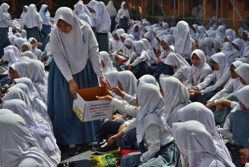 Pelajar SMAN 6 Kota Tasikmalaya, Jawa Barat.