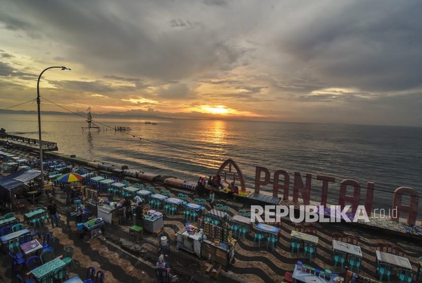 Objek Wisata Pantai Di Mataram Sepi Pengunjung Republika Online