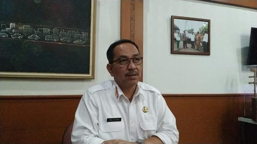 Sekda Kota Tasikmalaya Ivan Dicksan, saat diwawancara, Rabu (14/4).