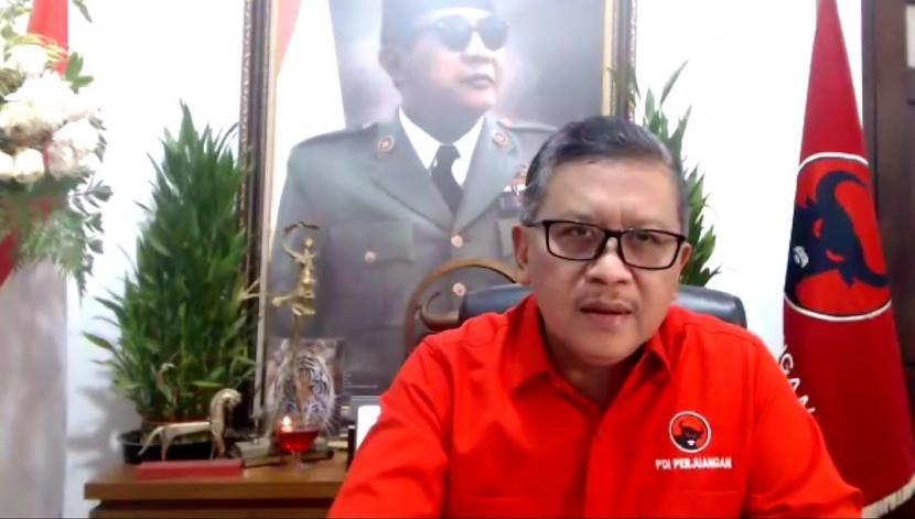 Hasto Ingatkan Kader PDIP Surabaya Jalankan Program Rakyat. Sekjen PDIP, Hasto Kristiyanto