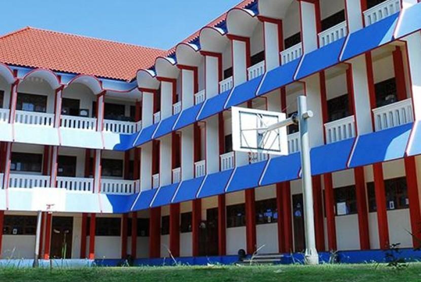 Sekolah Semesta Bilingual Boarding School Semarang