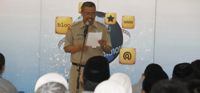 Sekretaris Daerah Magelang Drs Utoyo mewakili Bupati Magelang mebuka acara pelatihan