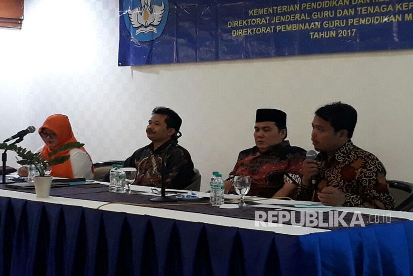 Sekretaris Jenderal PBNU, Helmy Faisal Zaini(kedua dari kanan)