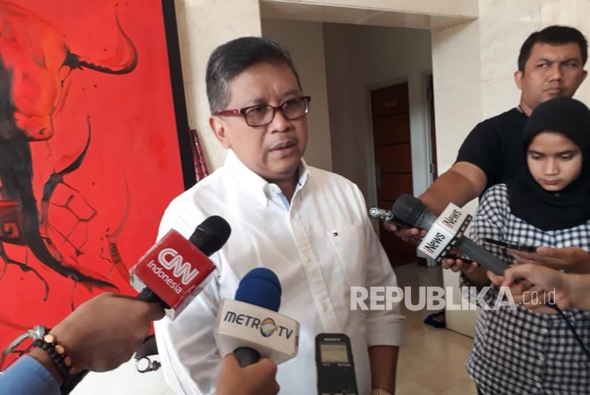 Sekretaris Jenderal PDIP Hasto Kristiyanto di Kantor DPP PDIP, Jalan Diponegoro, Menteng, Jakarta, Rabu (27/6).