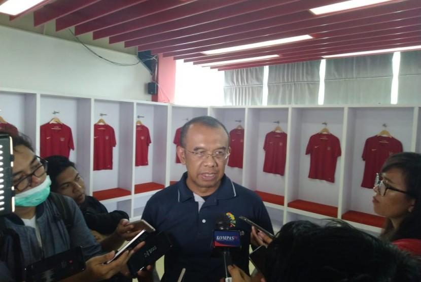 Sekretaris Menpora Gatot S Dewa Broto saat ditemui di Kebon Sirih, Jakarta Pusat, Ahad (24/2).