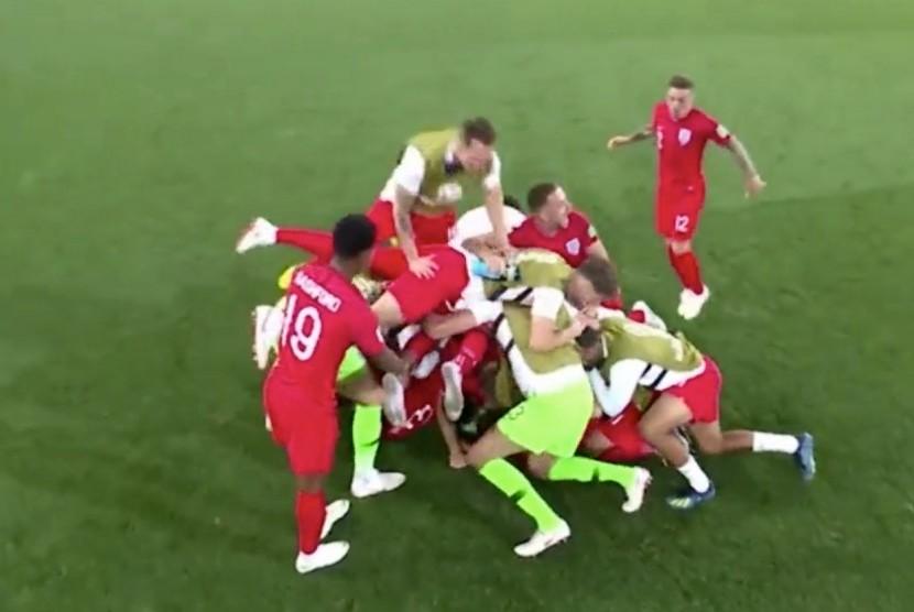 Selebrasi kemenangan tim Inggris usai mengalahkan Kolombia lewat adu penalti babak 16 besar Piala Dunia 2018