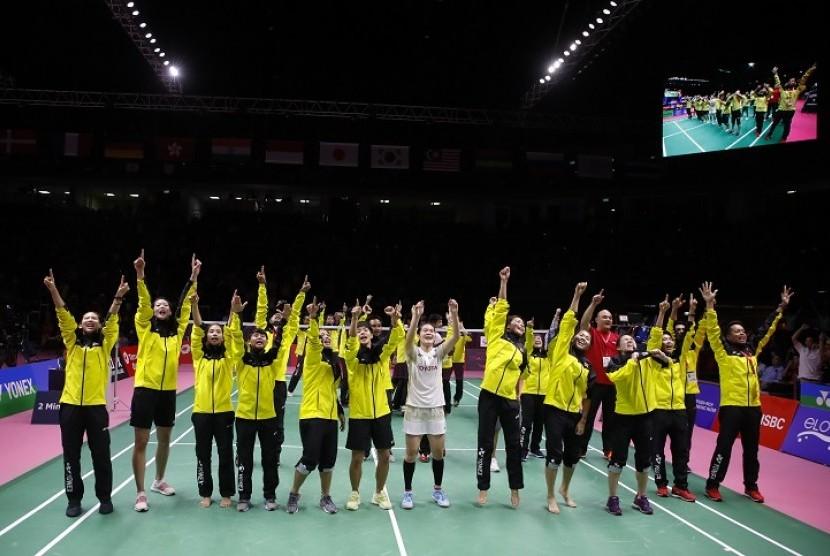 Selebrasi tim Thailand seusai memastikan lolos ke final Piala Uber 2018.