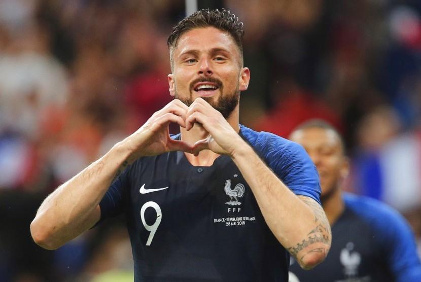 SelebrasiOlivier Giroud setelah mencetak gol untuk Prancis.