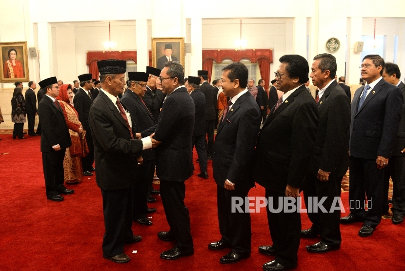 Members of Working Unit on reinforcement of the Pancasila Ideology (UKP PIP) were inaugurated by the President at the State Palace on Wednesday.