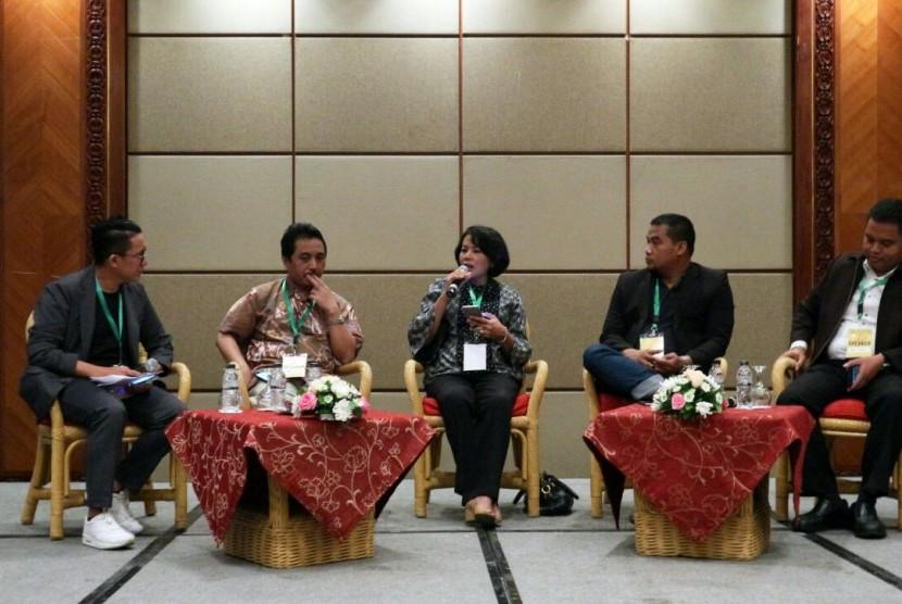 "Seminar ideatalk IDEAFEST 2017, bertajuk ""Jaga Jagat Maya, Jaga Budaya Indonesia#KontenDigitalUntukIndonesia"", di Jakarta Convention Centre, Kamis (5/10)."