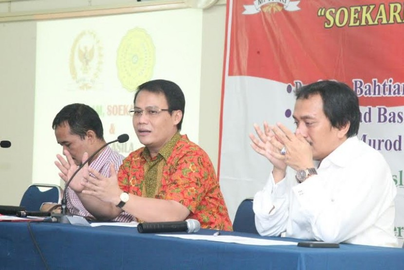 seminar nasional kerjasama Badan Sosialisasi MPR RI dengan Pusat Studi Islam Pancasila FISIP Universitas Muhammadiyah Jakarta ( UMJ ), Cireundeu, Tangerang, Selasa ( 30/6