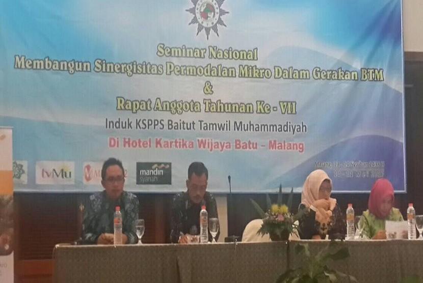 seminar nasional tentang Membangun Sinergisitas Permodalan Dalam Gerakan BTM dan Rapat Anggota Tahunan Induk KSPPS BTM di Batu - Malang Jawa Timur