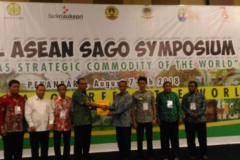 Seminar Sagu Asean ke IV yang dilaksanakan 7-9 Agustus 2018 di Kota Pekanbaru, Provinsi Riau.