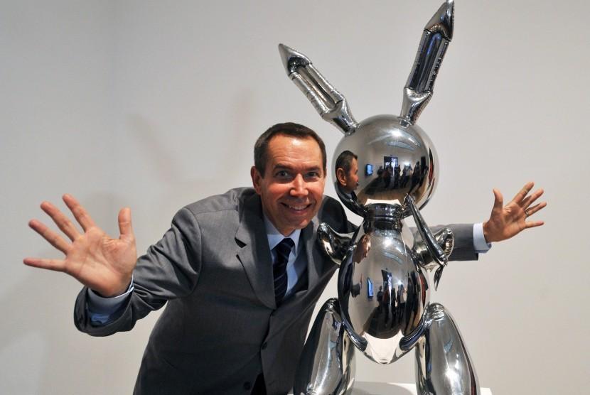Seniman Jeff Koons dan patung Rabbit karyanya.