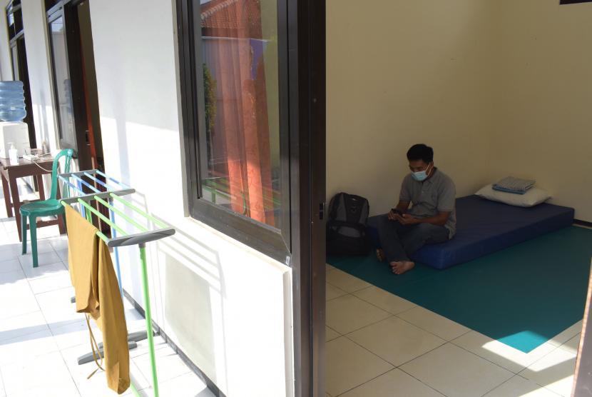 Belasan Pekerja Migran Asal Kediri Jalani Isolasi (ilustrasi).
