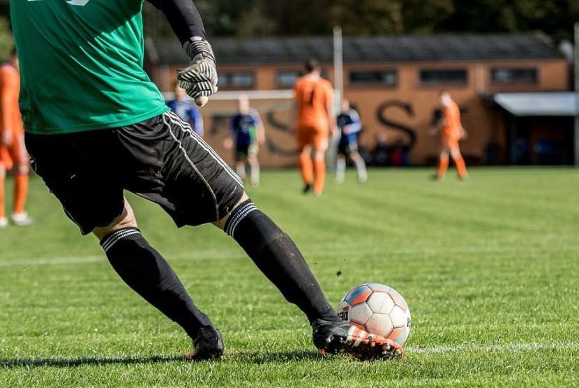 Kick Off Liga 1 (Ilutsrasi)