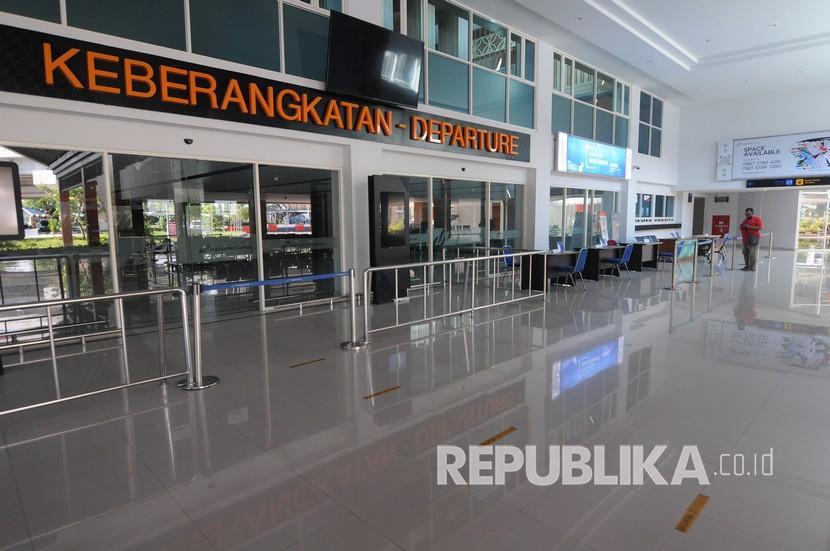 [Ilustrasi] Lobi pintu keberangkatan Bandara Adi Soemarmo, Boyolali, Jawa Tengah.