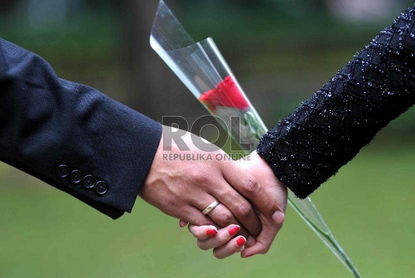Sepasang Suami-Istri (ilustrasi)