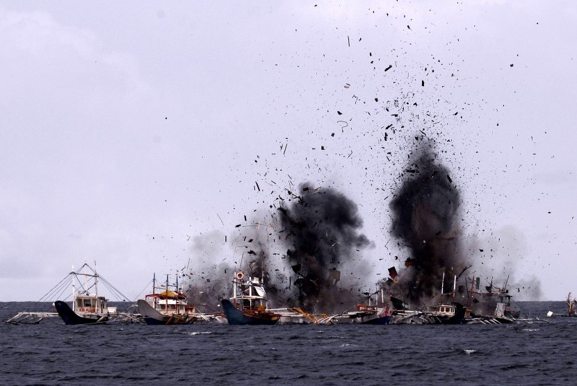Indonesia has sunk 516 vessels for fishing illegally.