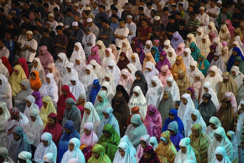 Ilustrasi ibadah di bulan suci Ramadhan