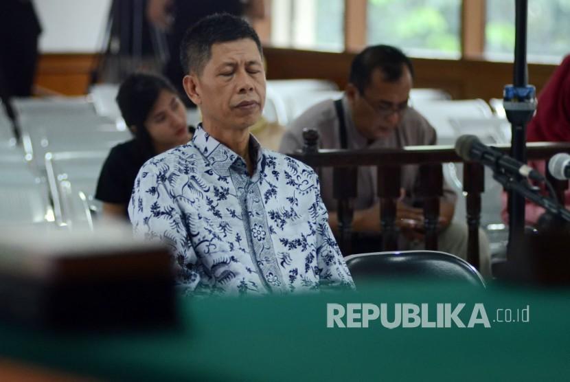 Sidang perdana mantan Kepala Lapas Sukamiskin Wahid Husein, di Pengadilan Tipikor Bandung, Rabu (5/12).
