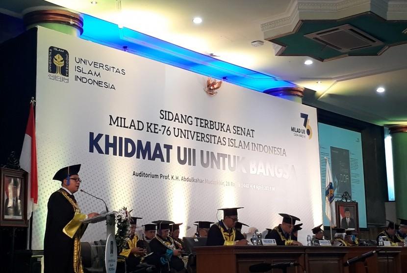 Sidang Terbuka Senat Milad UII di Auditorium Abdulkahar Mudzakkir, Kamis (4/4).