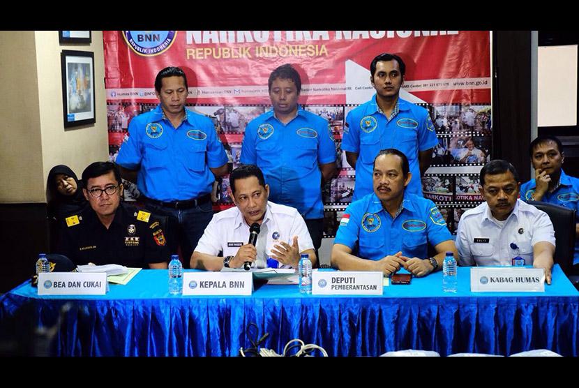 Sinergi positif Bea Cukai dan Badan Narkotika Nasional berhasil menggagalkan penyelundupan narkotika dari Penang, Malaysia ke Nanggroe Aceh Darussalam.
