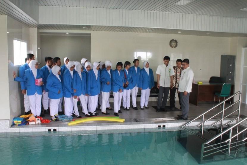 RSI Sultan Agung Semarang Kenalkan Manfaat Perawatan 'Hydrotheraphy'