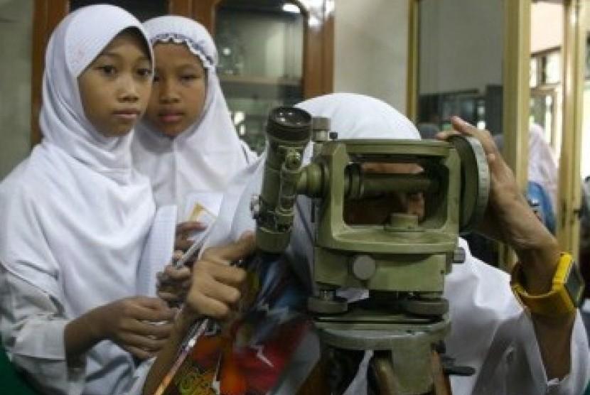 Siswa Sekolah Dasar Islam Terpadu (ilustrasi).