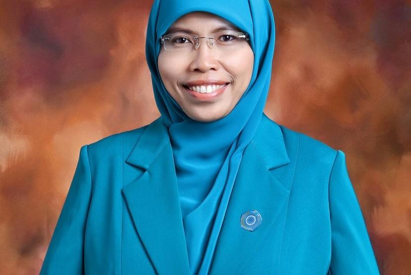 Siti Muntamah Oded MD (Istri Wakil Wali Kota Bandung)