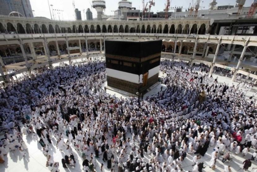 Situs Suci umat Islam, Kabah, tempat menunaikan ibadah haji dan umrah.