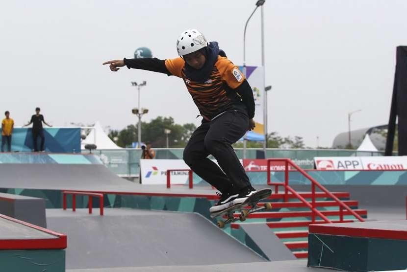 Skateboarder Malaysia Fatin Syahirah Roszizi.
