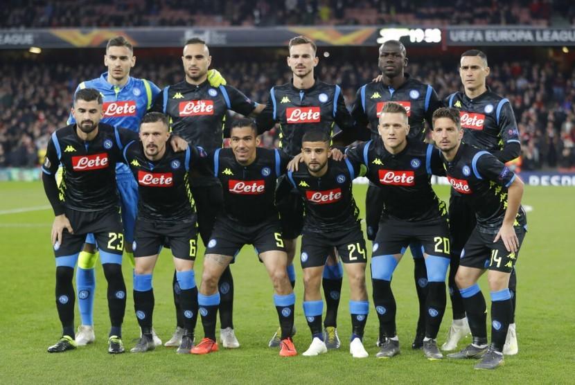 Skuat Napoli saat menghadapi Arsenal di Liga Europa.