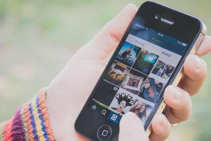 Social media (Instagram). Ilustrasi