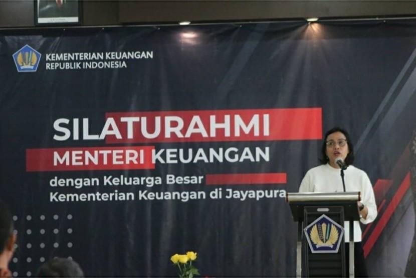 Sri Mulyani, beserta jajarannya dan juga Direktur Jenderal Bea Cukai, Heru Pambudi, melakukan kunjungan ke kota Jayapura pada Selasa, (10/9).
