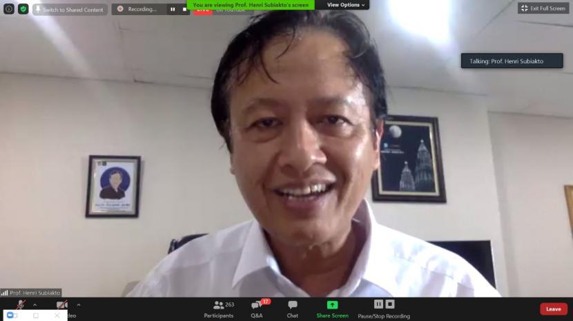 Staf Ahli Menteri Komunikasi dan Informatika Bidang Hukum, Prof. Henri Subiakto