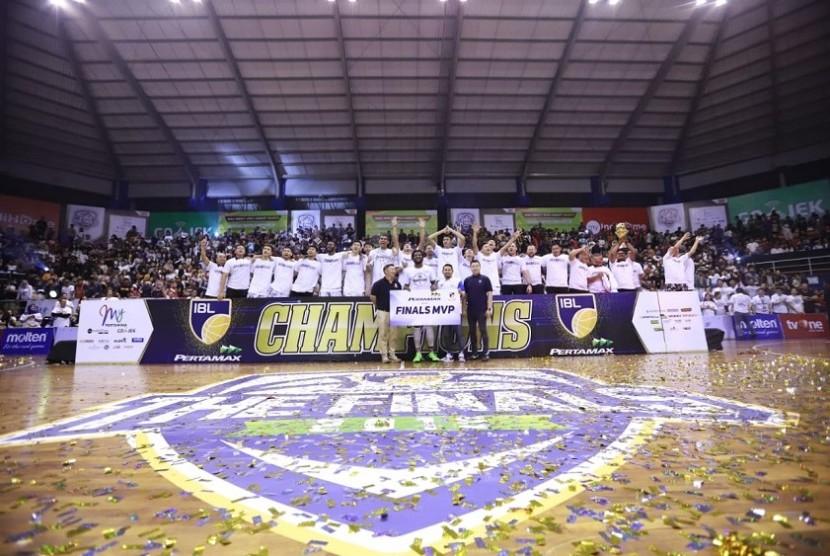 Stapac Jakarta Juara IBL Pertamax 2018/2019.