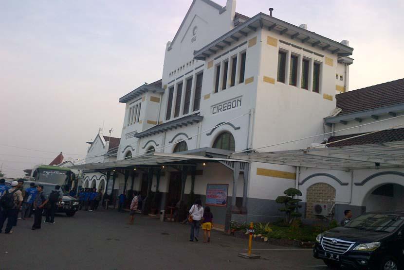 Stasiun Cirebon.