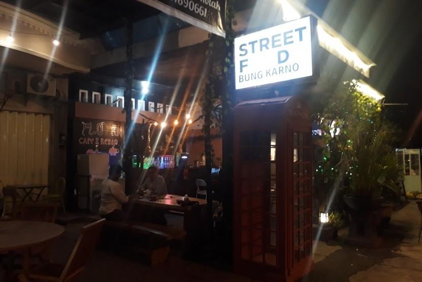 Street Food Bung Karno di Kota Mataram, NTB.