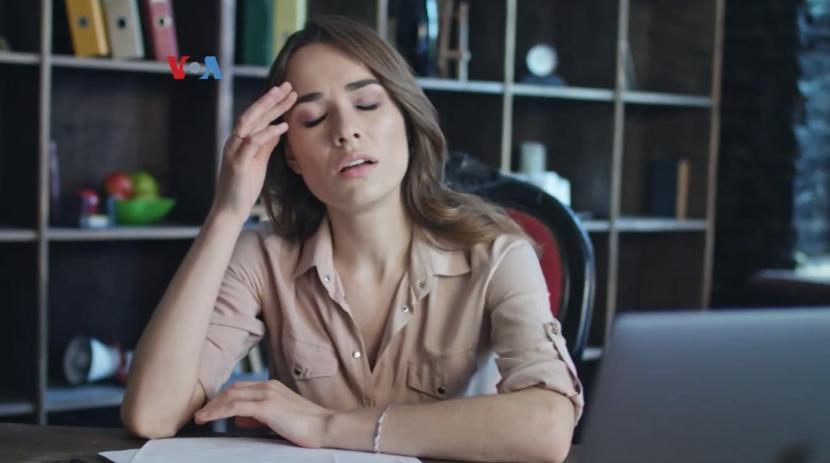 Rasa khawatir berlebih bisa berdampak pada kejiawaan atau stres pada seseorang.