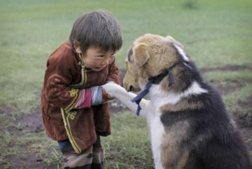 Bocah Laki-Laki Ini Dipaksa Menikah dengan Anjing | Republika Online