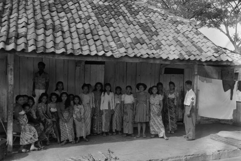 Suana tempat pelacuran di pinggiran Jakarta tahun 1948(16/2).