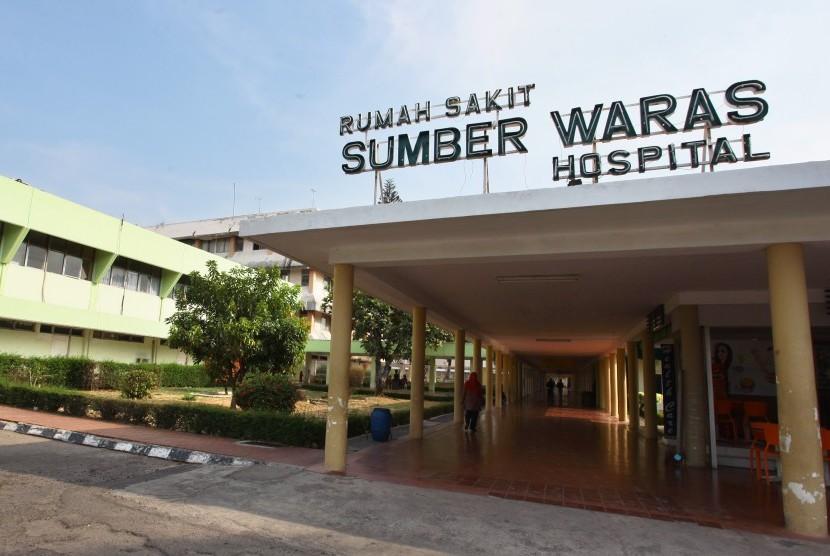Suasana aktivitas di Rumah Sakit Sumber Waras di Jakarta, Jumat (6/11).