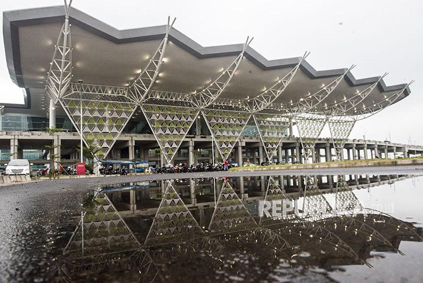 Suasana bangunan Bandara Internasional Jawa Barat (BIJB) Kertajati, Majalengka, Jawa Barat, Kamis (24/5).